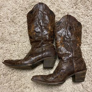 Corral Lizard Inlay Brown Pointed Toe Boots Size 7